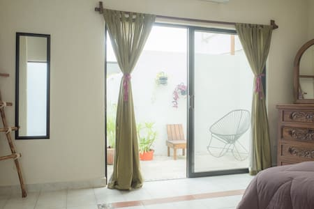 1br w/ prvt balcony & bathroom, THE BEST LOCATION! - Playa del Carmen
