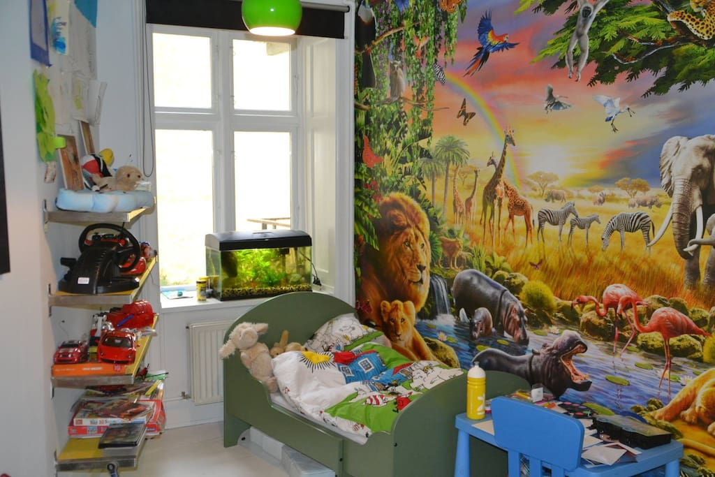 Your kid will love this room :)