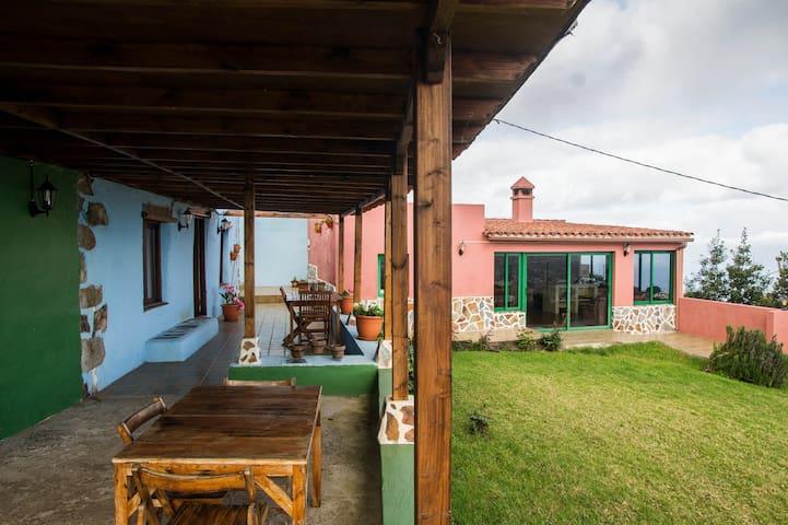 RURAL PARADISE HOUSE IN TENERIFE - Santa Úrsula - Casa