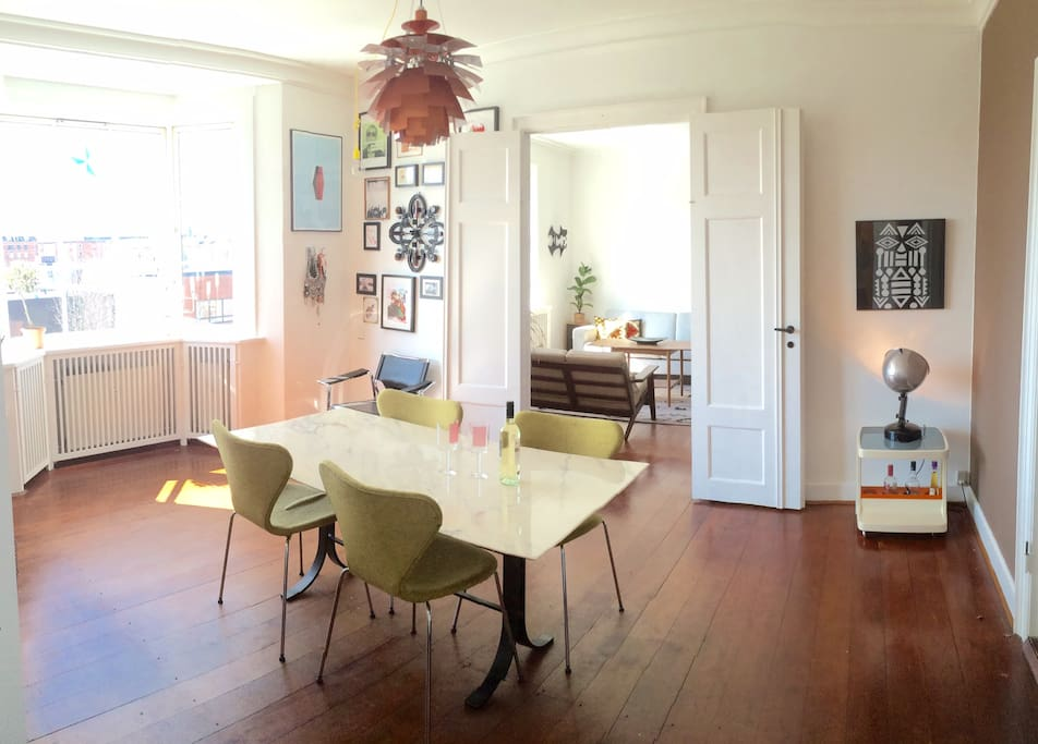 The dinning and livingroom.