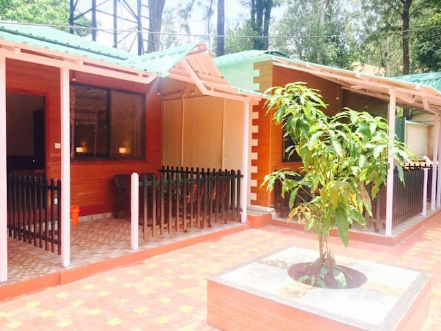 Cozy Luxurious modern and peaceful - Mahabaleshwar  - Lägenhet