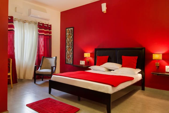The Bangalore Red room.  One of the 7 rooms listed on the property