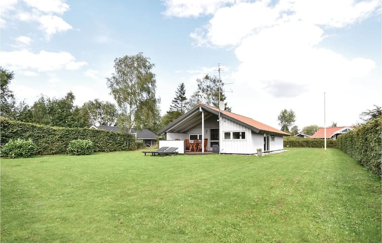 Holiday cottage with 3 bedrooms on 70m² in Middelfart