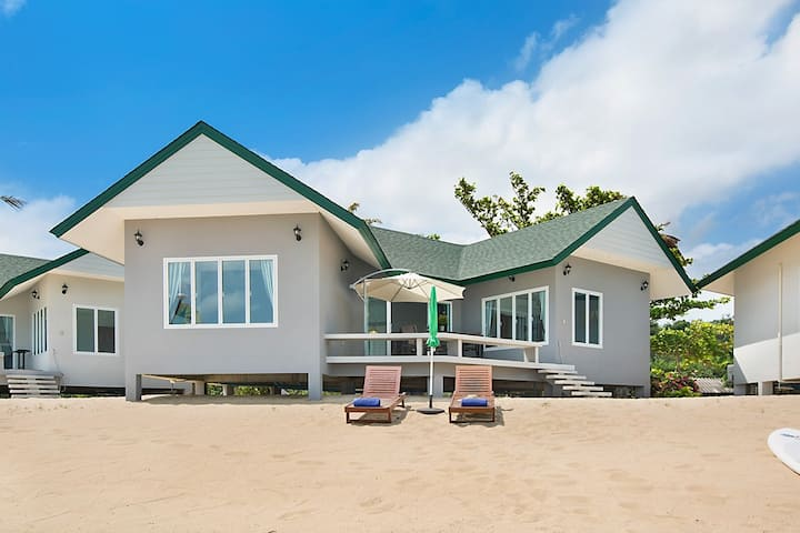 Beachfront 2 Bedroom House Maenam Koh Samui 1 of 4