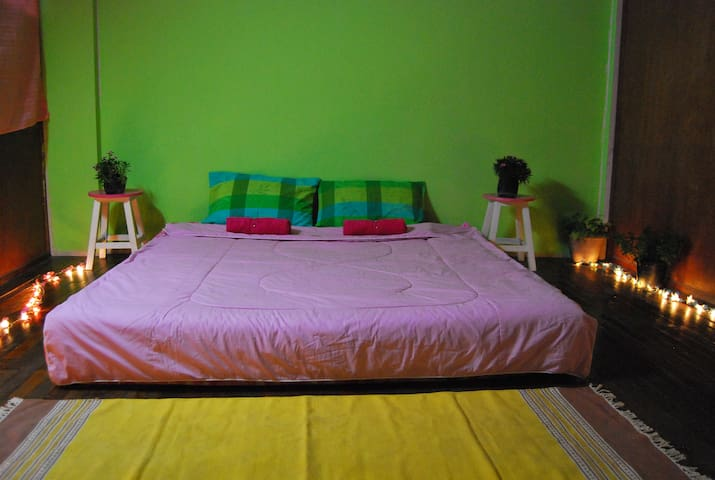 Green Zone Guesthouse - Chiang Mai - House