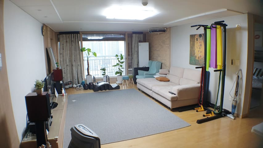 SEOUL APT_ Cozy Room_Gasan Digital station