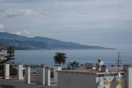 Appartement-terrasse de standing - Roquebrune-Cap-Martin