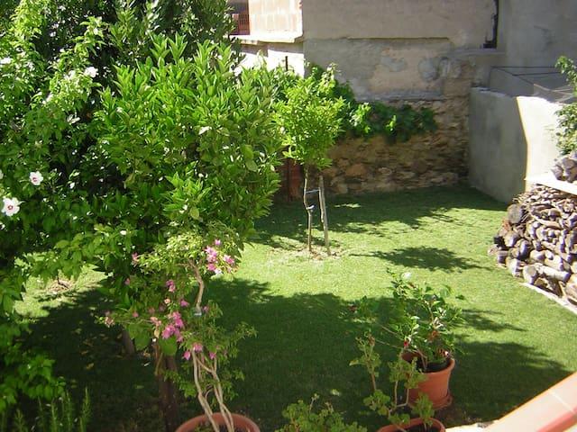 Casa con giardino e Wifi - IUN P7025