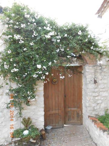Chambre avec piscine en campagne - Razac-de-Saussignac