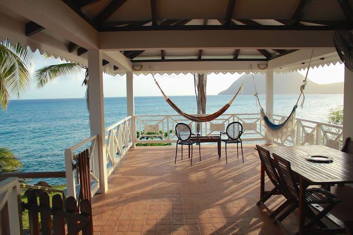 Maison de la Caraïbe sur la mer - Le Diamant - Maison
