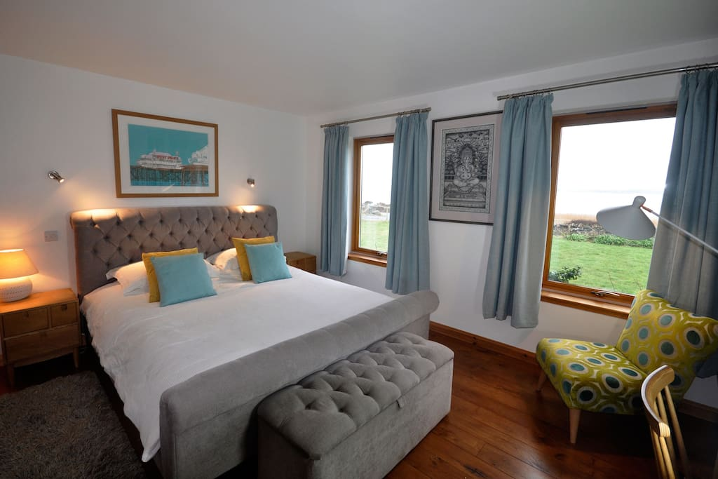 Master bedroom with sea views (please note from April 2017 the furniture in this bedroom might differ slightly. please ask for more details - new photos will be added asap)