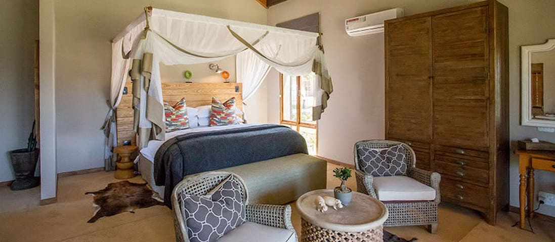 Contemporary-Country Style Rooms in Village Lodge