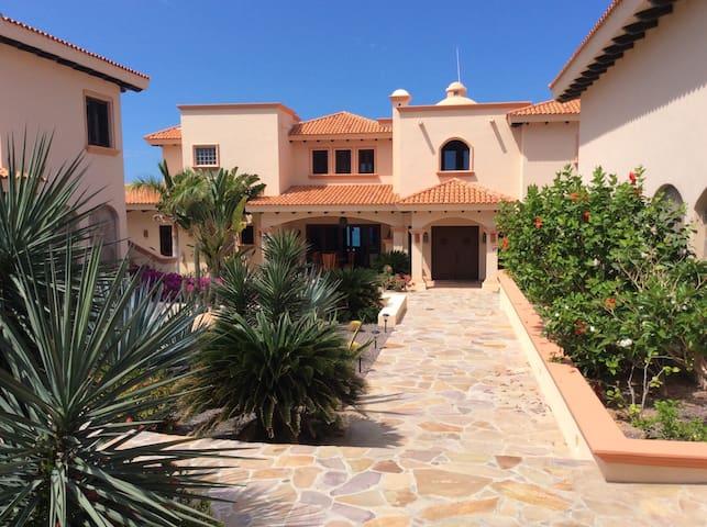 Stunning Sea of Cortez Beach Villa - Los Barriles - House