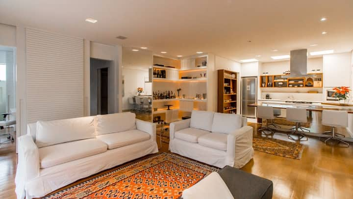 Clean and contemporary apartment. Best location