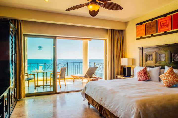 Cabo Honeymoon Suite with the Best Ocean View