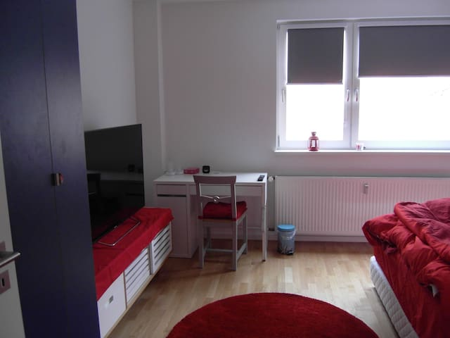 -50% Central and super safe - Berlin - Apartment
