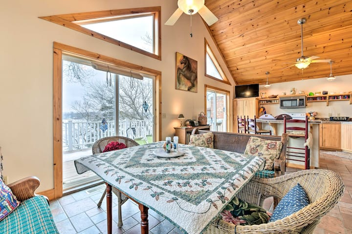 NEW! Lakeside Cottage Escape w/Private Dock & Deck