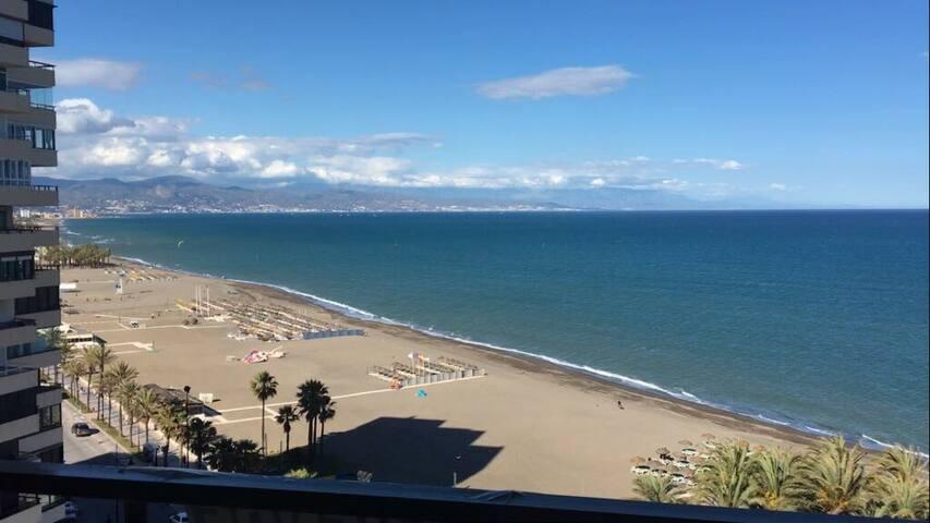 Torremolinos ,  Primera linea de playa (Playamar)