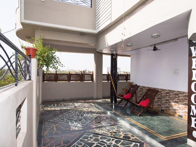 On Sale ✨ Graceful 1BR OYO Home in Hiran Magri