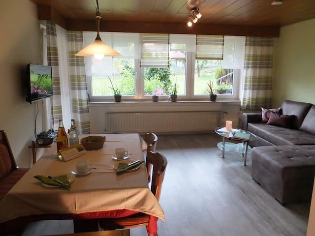 Haus In den Lauterwiesen, (Münsingen), Abendrot, 67qm, 2 Schlafräume, max. 4 Personen