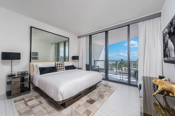 1B + Den Oasis Suite at W Hotel South Beach - 514