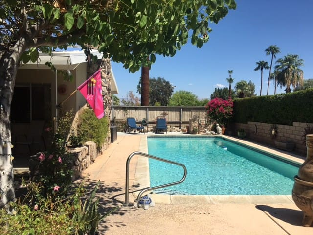 """Private Casita ""Walk to El Paseo and much more!"