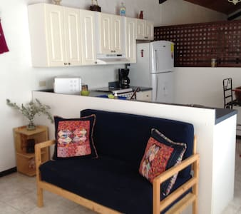 Private home in Lake Atitlan Guate - Huis