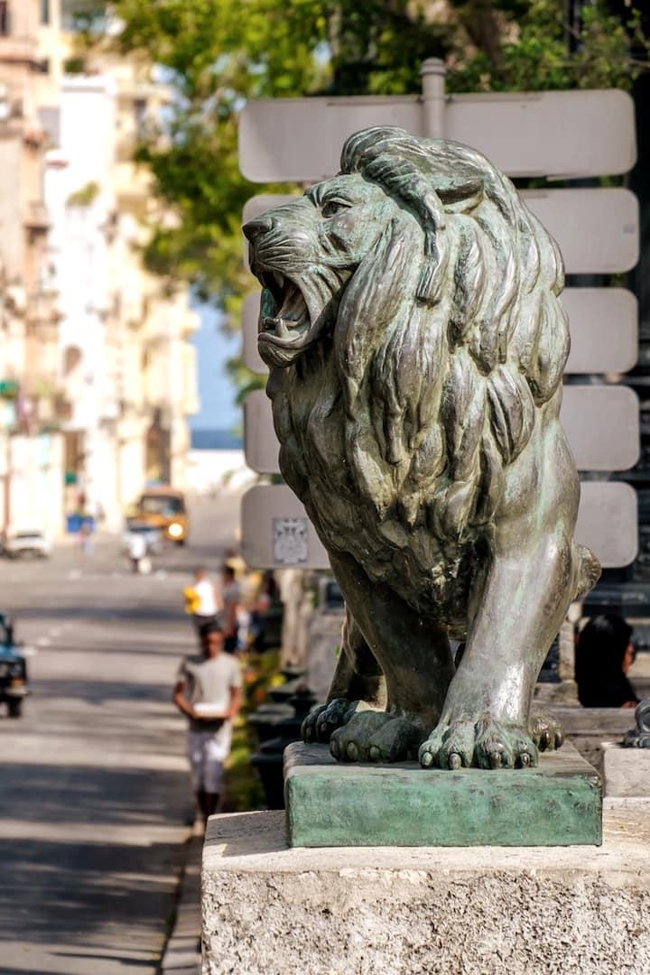 El Prado avenue