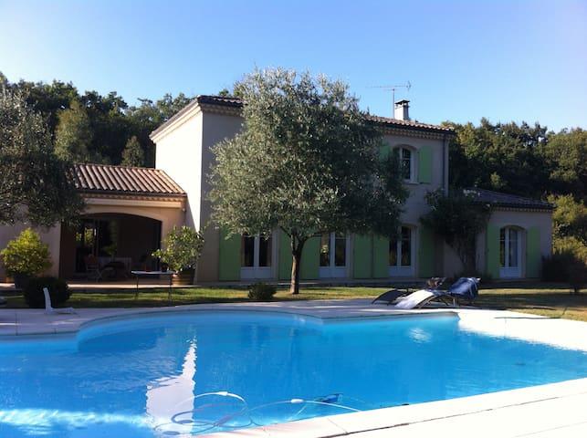 Chambre privée dans maison - Lignan-de-Bordeaux