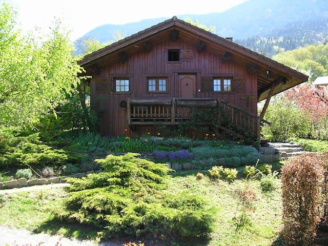 Chalet de basse montagne - Val De Chaise  - Hytte (i sveitsisk stil)