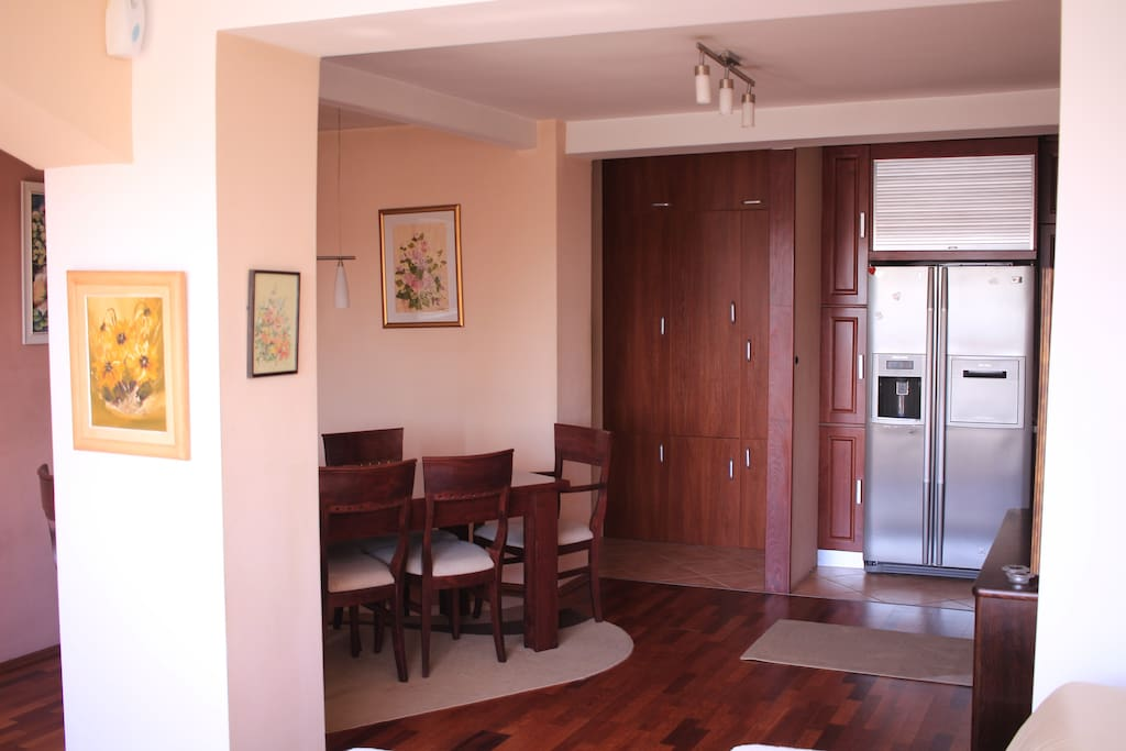 Dinning room and entrance