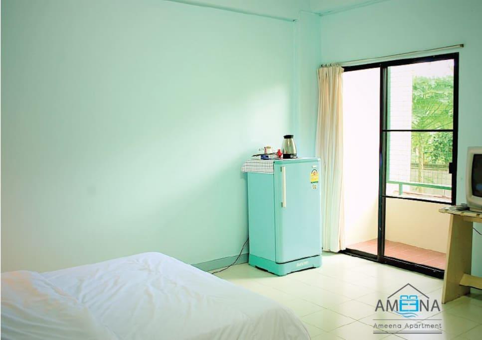 ห้องนอนขนาดกว้างขวาง Room with Terrace