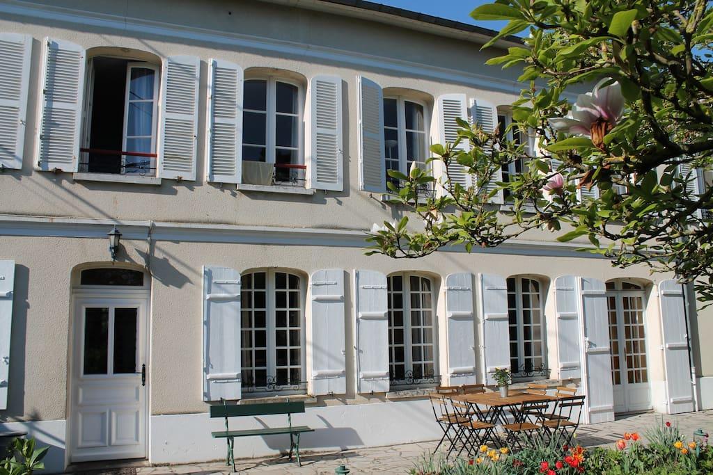 Chambre dans maison de charme ancienne chambres d 39 h tes for Chambre d hote saint sulpice