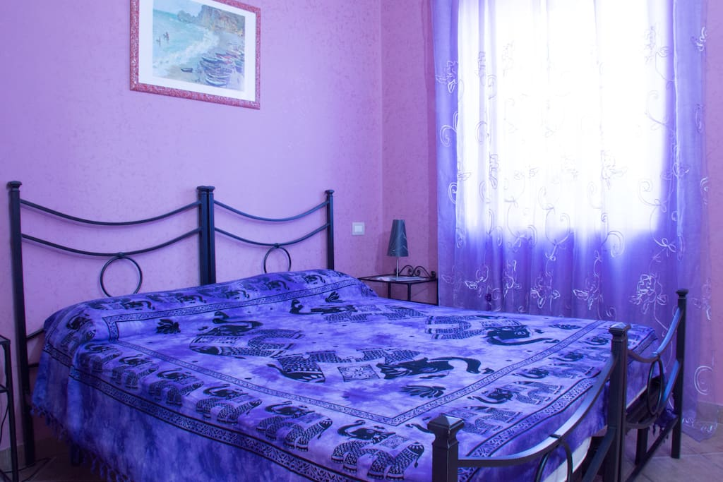 la stanza viola