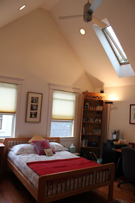 Skylight and ceiling fans to bring the fresh air in