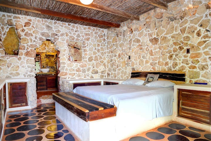 Double room near Tikal and Flores, private beach - Caserío San Pedro - Hus