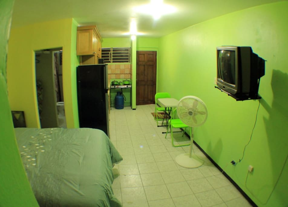 bedroom and kitchen