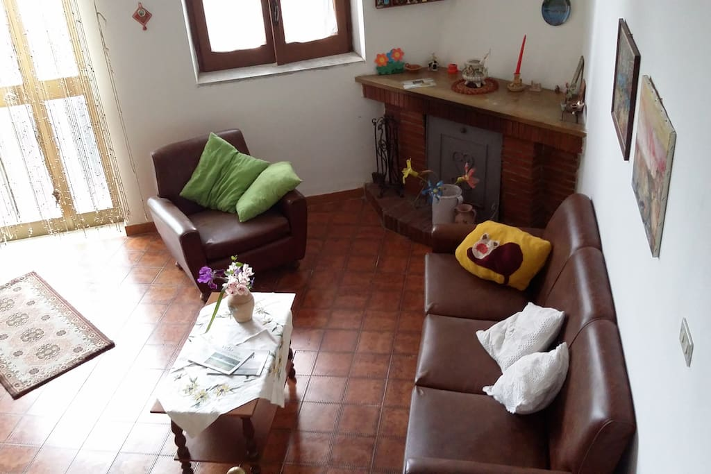 Relax in cilento acquavella houses for rent in for Piani casa carina