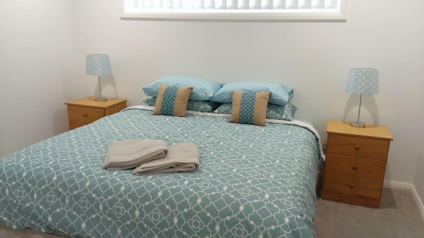 Master bedroom - king or 2 x single