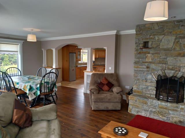 Lake & Mountain View House in Connemara