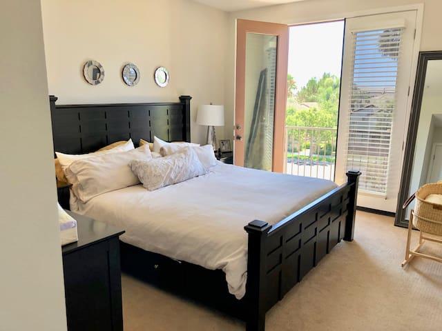 3 Bedroom Camarillo Townhome