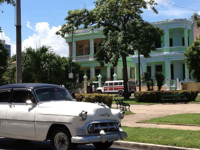 Colonial house in Havana 3 Rooms/6p