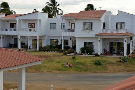 PANAMA, house/condo pool by sea - Chitre - Dom