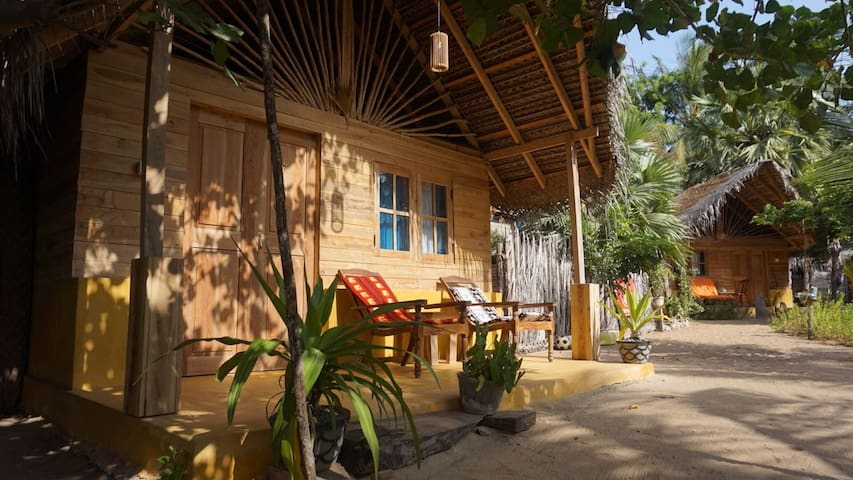Tropical chalet in the best kite spot in Sri Lanka
