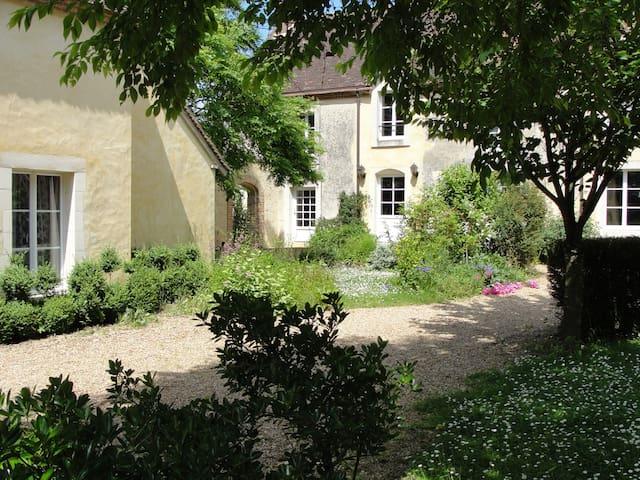 Dans le Perche une belle propriété - Saint-Fulgent-des-Ormes - Maison
