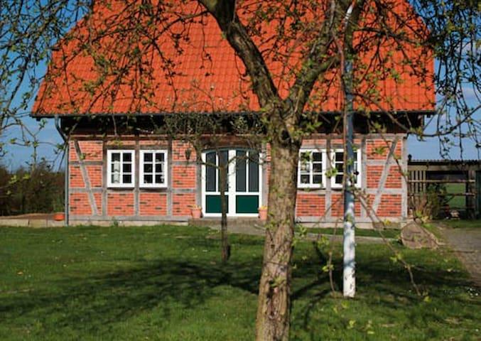 Fachwerk Ferienhaus auf dem Land - Kirchlinteln - Rumah