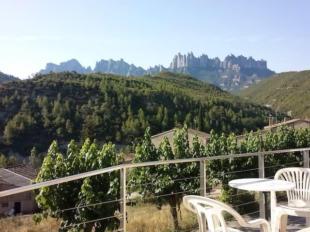 Hab. casa con vistas a Montserrat - Marganell - Huis