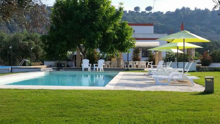 Villa Italia con piscina Specchia nel  salento