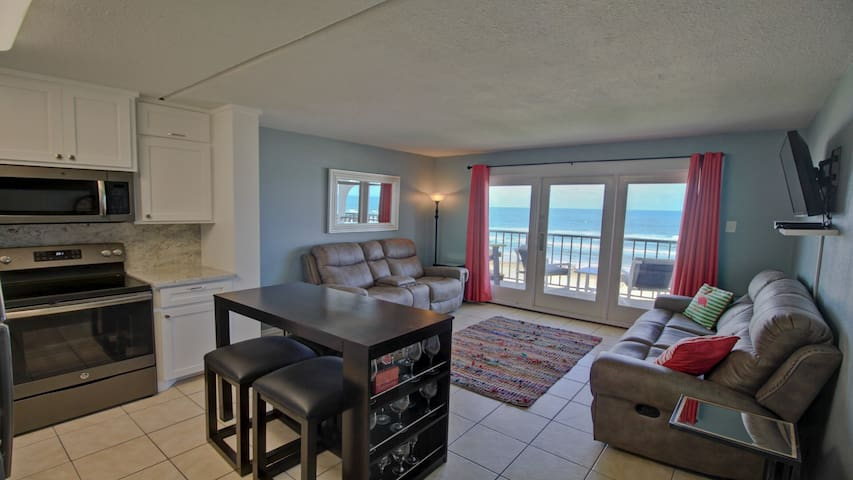 Best Beachfront Condo - remodeled Fall 2017