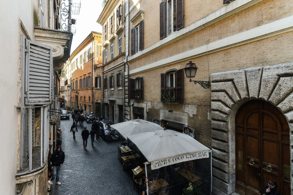 Heart of rome piazza navona like in a storybook for Airbnb roma
